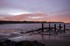 compartiment au-dessus de coucher du soleil Image libre de droits