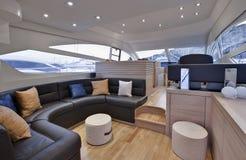 Compartiment de l'Italie, Naples, abaque de luxe 52 \ 'de yacht Image stock