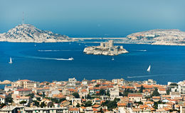 Compartiment de Marseille avec si château Images libres de droits