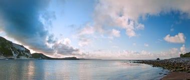 Compartiment de Mupe d'horizontal d'océan de lever de soleil Photographie stock libre de droits