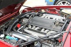 Compartiment moteur puissant du jaguar v12 photographie stock