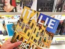 Compartimento de Italie em uma mão imagens de stock royalty free