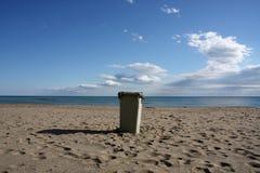 Compartimiento en la playa Imágenes de archivo libres de regalías