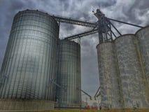 Compartimiento y silos del grano Imágenes de archivo libres de regalías
