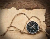 Compas, corde et vieux papier image libre de droits