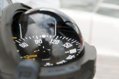 Compas d'un yacht de navigation photographie stock
