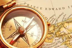 Compas en laiton antique Images libres de droits