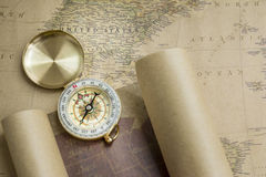 Compas et carte Images stock