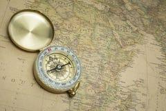 Compas et carte Image libre de droits