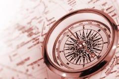 Compas sur une carte Image stock