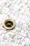 Compas und Karte stockfotos