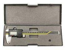 Compasso de calibre de Digitas na caixa plástica Fotografia de Stock Royalty Free