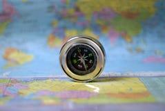 Compasso e mapa Fotografia de Stock