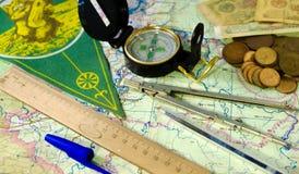 compasso e mapa de estradas Imagem de Stock Royalty Free