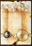 Compasso e página velha Imagens de Stock Royalty Free