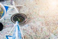 Compasso no mapa Imagem de Stock