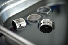 Compensadores hidráulicos para válvulas de motor diesel Fotos de Stock Royalty Free