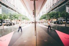 Comperando sulla baia della strada soprelevata in Hong Kong, la Cina Fotografia Stock