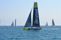 Competência em aderências diferentes atrás de Brunel na raça do oceano de Volvo Fotografia de Stock