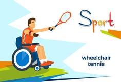 Competencia de deporte discapacitada del tenis de On Wheelchair Play del atleta Foto de archivo