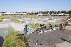 Competencia y pista de BMX Imágenes de archivo libres de regalías