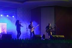 Competencias de la banda del funcionamiento de la música de la escuela secundaria imagen de archivo libre de regalías