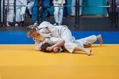 Competencias del judo entre las muchachas, Orenburg, Rusia Foto de archivo
