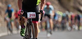 Competição do ciclismo, atletas do ciclista que montam uma raça Fotografia de Stock Royalty Free