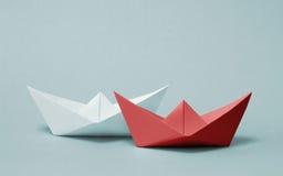 Competición de papel de dos barcos imagen de archivo libre de regalías
