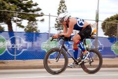 Competidor de la raza de bicicleta Fotos de archivo libres de regalías