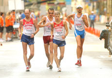 Competidores de la caminata de los 50km imagen de archivo