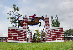 Competição de salto do cavalo Imagem de Stock Royalty Free