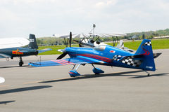 Competir con el avión Foto de archivo