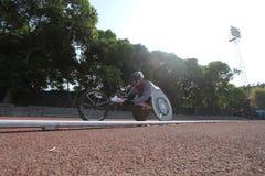 Competir con las sillas de ruedas foto de archivo libre de regalías