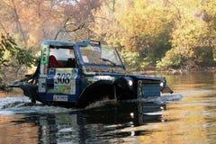 Competities ritten in het hele land over de rivier stock foto