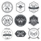 Compita os emblemas do serviço de reparações da garagem dos motociclistas e a coleção das etiquetas do competiam de clubes do mot Fotografia de Stock Royalty Free