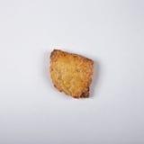 Compito dei biscotti della ricotta su fondo bianco fotografia stock