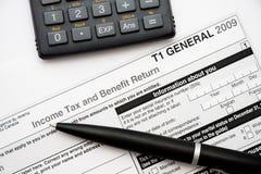 Compléter la déclaration d'impôt canadienne Photo libre de droits