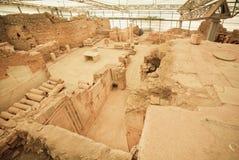 Complejo arqueológico conservado de la ciudad histórica de Ephesus con las casas de la terraza a partir del período romano Imagen de archivo libre de regalías