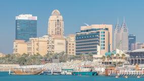 Complejo de edificios modernos en el área del timelapse de la ciudad de Internet, Dubai almacen de metraje de vídeo