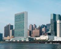 Complejo de las jefaturas de la O.N.U Naciones Unidas según lo visto de Roosevelt Is Imagenes de archivo