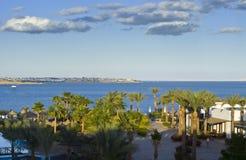 Complejo del hotel por el Mar Rojo Fotos de archivo