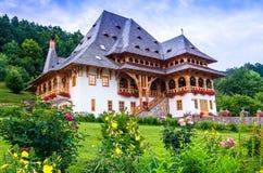 Complejo del monasterio de Barsana, Maramures Fotografía de archivo libre de regalías