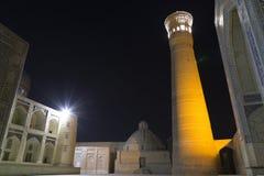Complejo del Poi Klyan en Bukhara, Uzbekistán Kalyan Mosque y menor de Kalyan o de Kalon Bukhara es sitio del patrimonio mundial  imagen de archivo libre de regalías