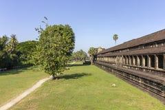 Complejo del templo antiguo de Angkor Wat, mil bibliotecas del norte de dios, uno de los monumentos religiosos más grandes del mu imagen de archivo