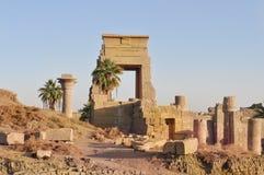 Complejo del templo de Karnak. Ruinas del palacio de los pharaohs Imagen de archivo libre de regalías