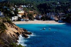 Complejo playero en la isla de Ibiza Fotos de archivo libres de regalías
