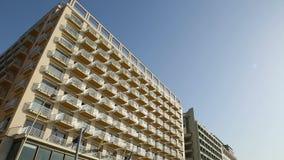 Complejo residencial hermoso en Nápoles, opinión sobre balcones, arquitectura almacen de metraje de vídeo