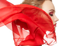 Complementos. Modelo con la bufanda de seda, maquillaje Foto de archivo