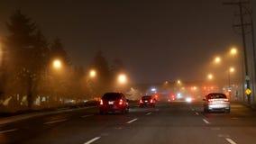 Completamente niebla con humo de la circulación